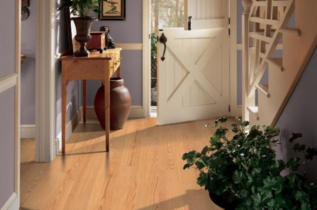 Shaw Laminate: American Duet - Natural Oak