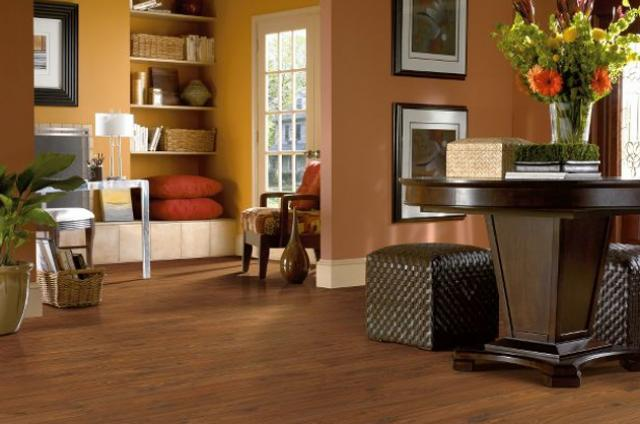 Shaw Laminate: Autumn Mahogany