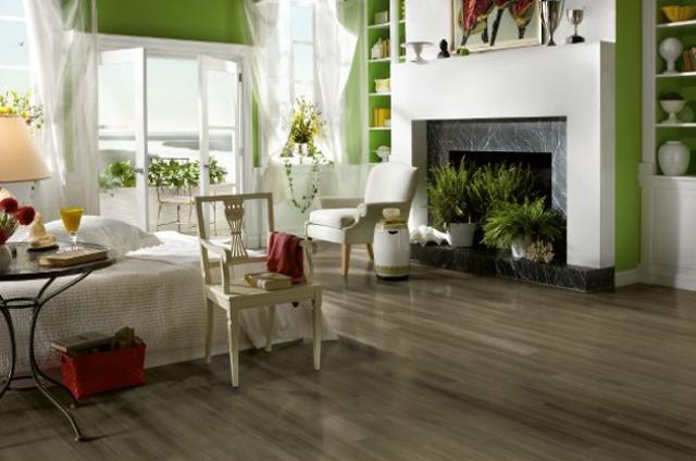 Shaw Laminate: Oyster Bay Pine