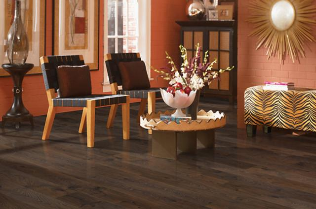 Mohawk Laminate: Ellington
