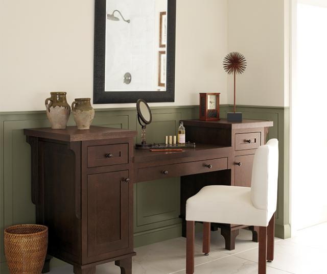 Vanity Cabinet Quartersawn Oak