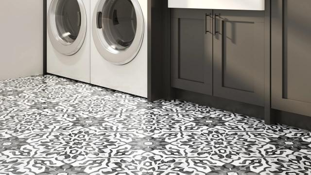 Villa AzuL Floor & Wall Tile in Black