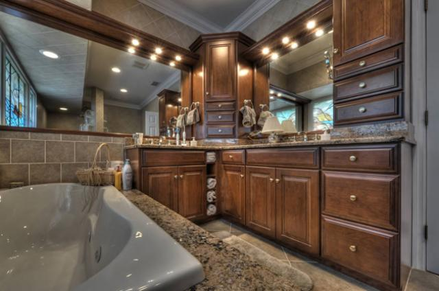 Bathroom Cabinet Style 3
